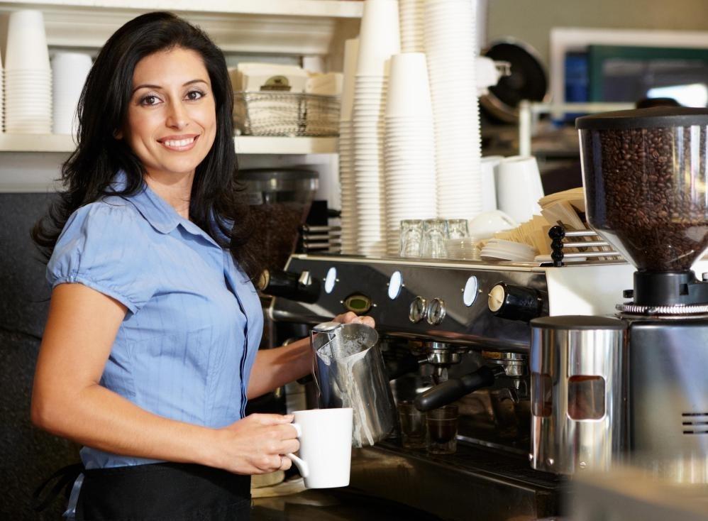 Кофейни имеют тенденцию «бариста», которые готовят напитки типа эспрессо.