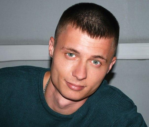 фото парня лет 27