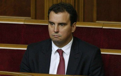 Крысы бегут, корабль идет ко дну: Абромавичус подал в отставку с поста министра экономики Украины