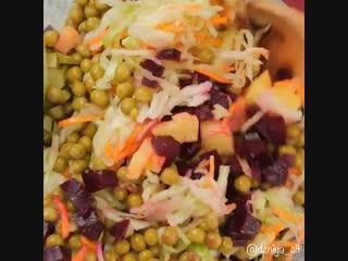 Любимый салат - винегрет, у каждого свой вариант, я готовлю именно так
