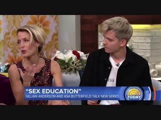 Gillian anderson and  asa butterfield on today show for sex education - 24/12/18
