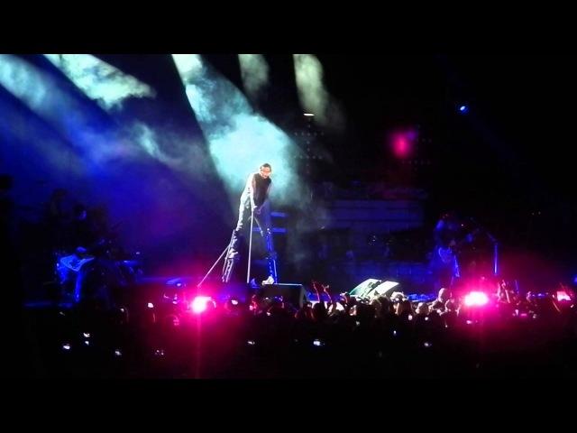 Marilyn Manson Sweet Dreams are made of this -byThe Eurythmics Annie Lennox