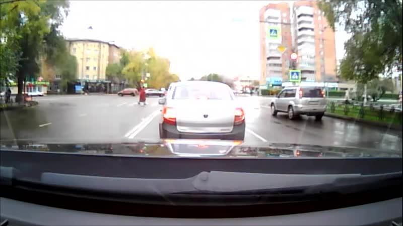 ДТП. Абакан 18.10.2018. В столице Хакасии автоледи на Lexus сбила женщину и ее внучку.