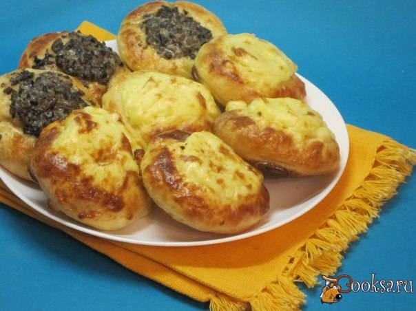 Shang - the Russian dish, round open pies. The name of a dish was borrowed by the Slavic population of the Russian North from language of native Finnish tribes. Then, together with the settled North Russian population, extended from Karelia to Ob. Since the 17th century gets into Western Siberia together with arkhangelogorodsky and solvychegodsky colonists. Today the dish has a wide circulation in home cuisine in the Cis-Urals, Central Ural Mountains and Zauralie, and is rather little-known in …