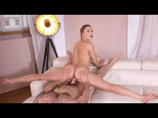 Mia split babe spread eagle in cowgirl for deep fucking (blowjob, brunette, natural tits, oil, russian)