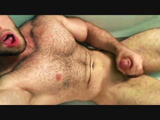 Дрочка охуенного русского самца [гей порно домашнее хуй качок дрочит кончил]