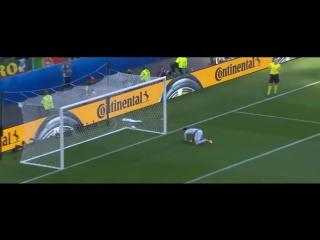 Лучший гол ЧЕ-2016. По мнению УЕФА им стал точный удар футболиста сборной Венгрии Золтана Геро в ворота Португалии http://izvest