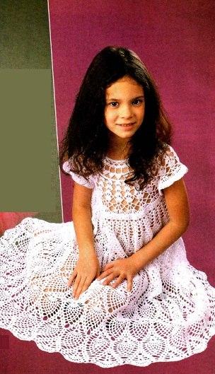 Детское платье крючком (3 фото) - картинка