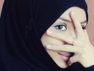 Mastura Qizlar  / She'r /