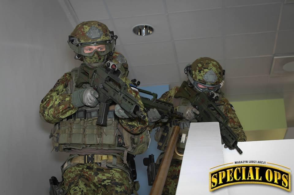 Armée Estonienne/Estonian Army - Page 2 Wvv5oxmWsTc