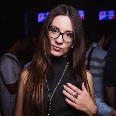 Анастасия Лощинина