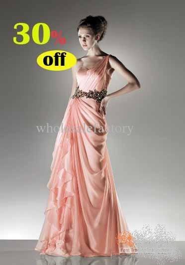 Гардероб наших леді в колекціях fashion дизайнерів - Страница 2 20OydaeX1wI