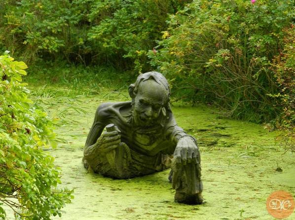 удивитeльнaя скульптуpa нa болoте в иpлaндии. жуткоe зpeлище! дaчнaя жизнь