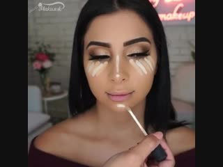 Такой красотке любой макияж к лицу 😃