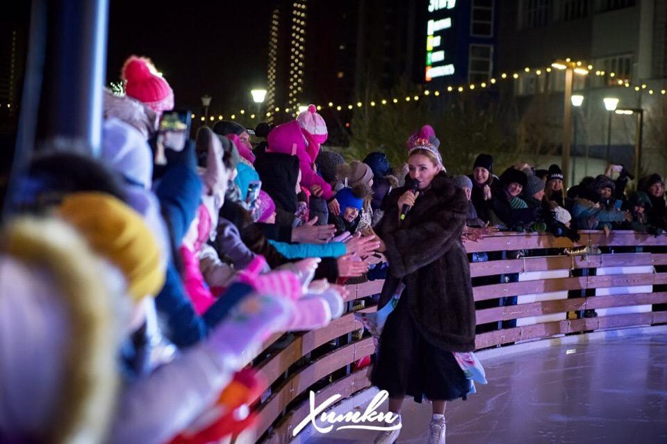 """Ледовое шоу Татьяны Навки """"Аленький цветочек"""" - Страница 4 0-29d0546Ac"""