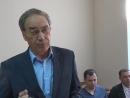 Генеральный директор РЭР Тверь Владимир Плешаков выступает перед депутатами городской думы