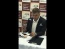 Автограф-сессия Сергея Карякина