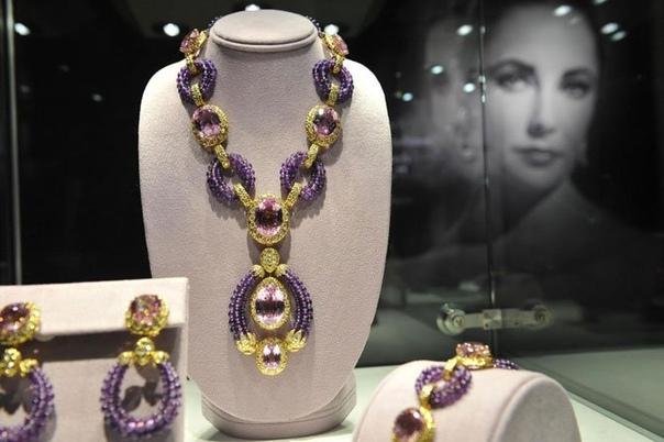 Роман с камнями: самые знаменитые и дорогие украшения Элизабет Тейлор. Часть 1