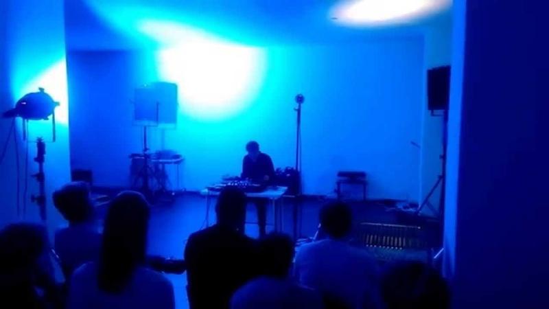 Justin Bennett @ Ephemere, Studio Loos, Den Haag, 11.6.2015