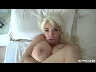 Anna nicole west my stepmom fucks me after a breakup порно porno