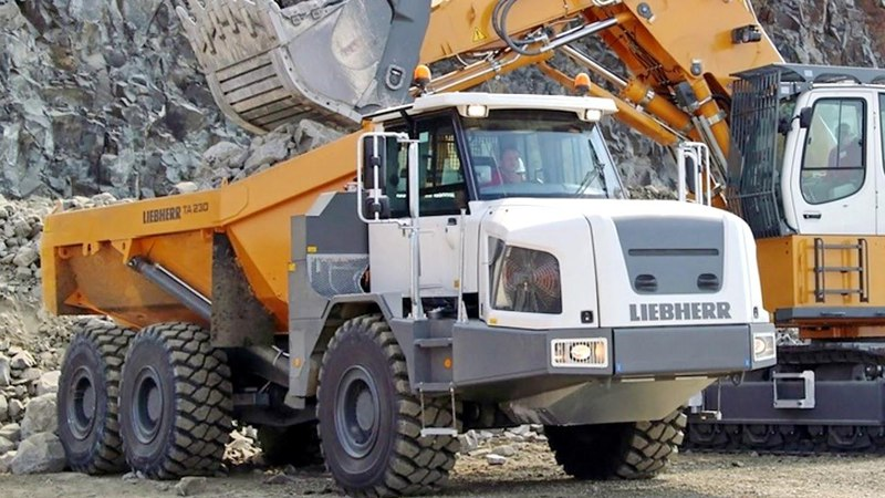 Liebherr TA 230 Litronic 2013