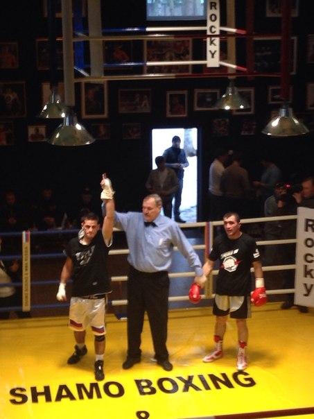 Ваге Саруханян одержал очередную победу на профессиональном ринге