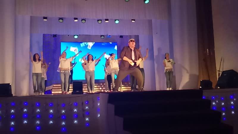 Харчы баар дии Көрүдүөс ырыа Бокуруопскай куорат Сардаана оҕо саадын үлэһиттэрин туруорулара 22 12 2018