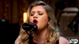 Kelly Clarkson - Love So Soft (Rocking and Stocking Music Sessions) HD