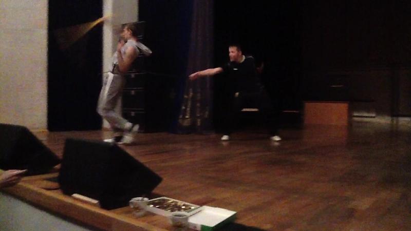 Сценический бой, фехтование. Отработка приемов, импровизация