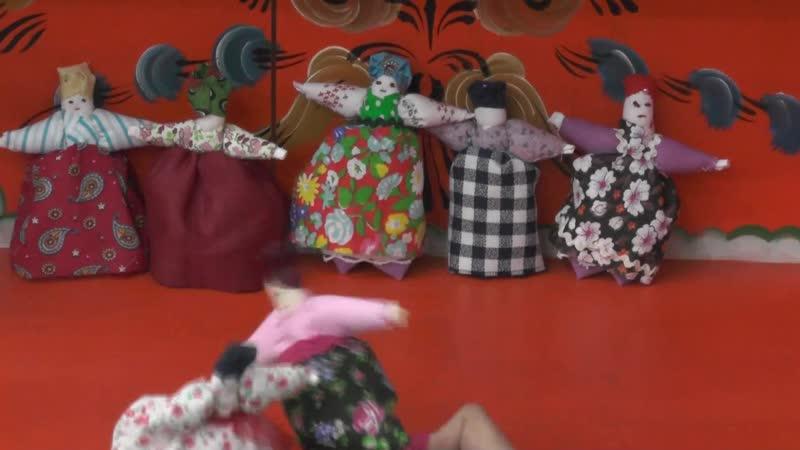 Куколки невелички и песня про московского жениха драгуна