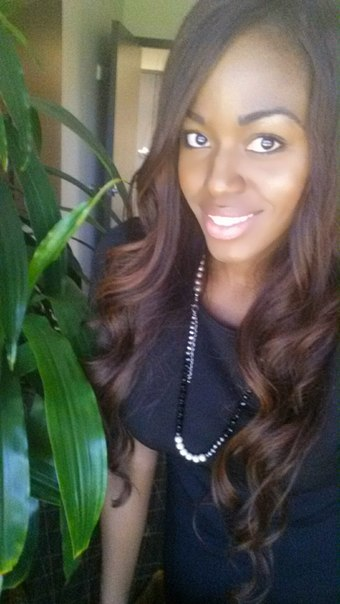 <b>Christina Hunter</b> updated her profile picture: - 440hY5njVpE