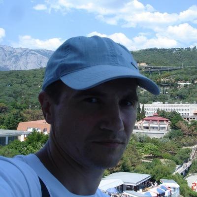 Максим Глушков