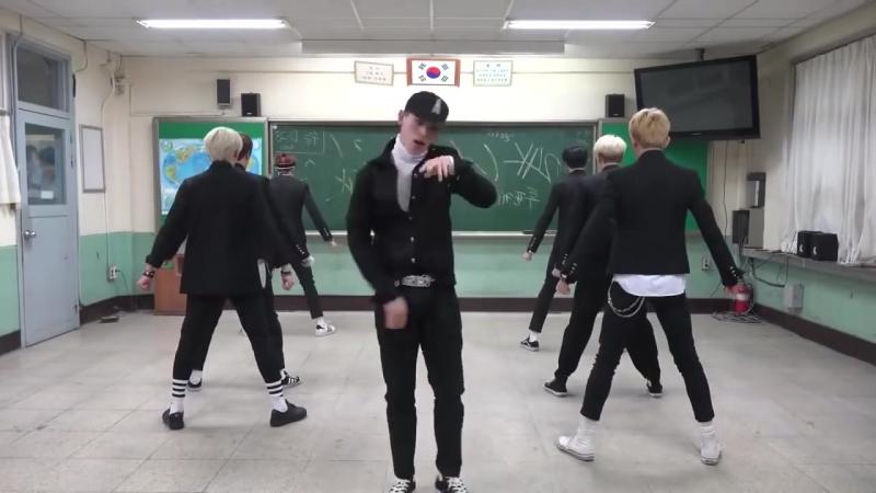Зажигательный танец восхищение студентов браво💖💖👏👏👏