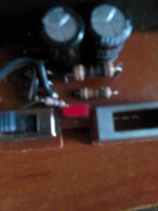 нужна помашь сгорел резистор и