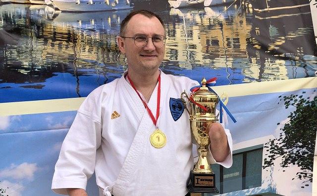 Таганрогский спортсмен-паралимпиец Сергей Бурлаков стал лауреатом национальной премии «Золотой пояс»