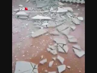 В ишимской школе обвалился потолок
