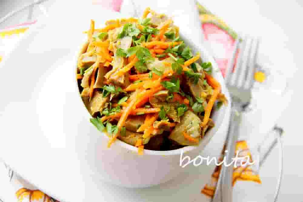 Куриные желудочки с морковь по-корейски