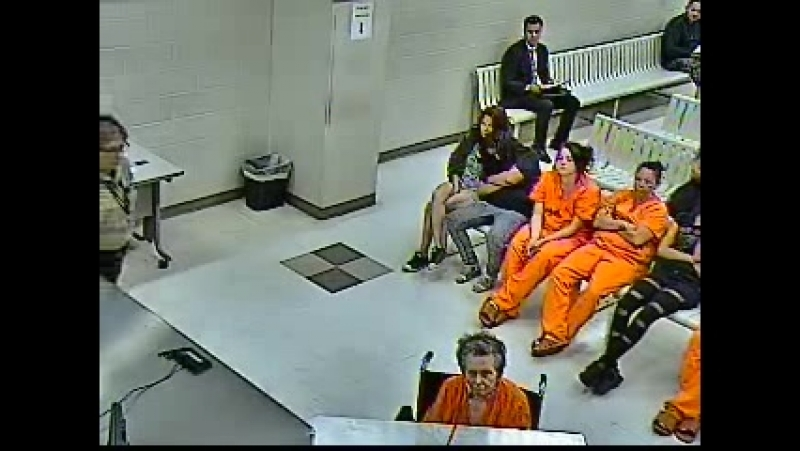 Анна Мей Блессинг в зале суда