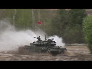 Первые заезды индивидуальной гонки танковых экипажей в рамках всеармейского этапа конкурса «Танковый биатлон-2018» АРМИ2018