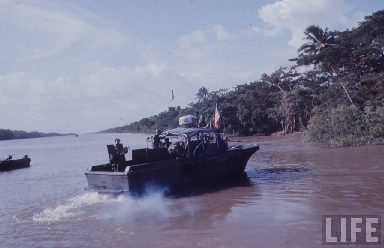 guerre du vietnam - Page 2 ZAkCyUHmjr8