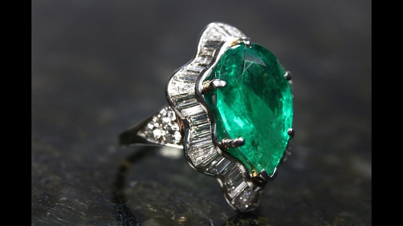 Stunning Natural Colombian Emerald And Diamond Cocktail Gold Ring 18K 12.65 TCW