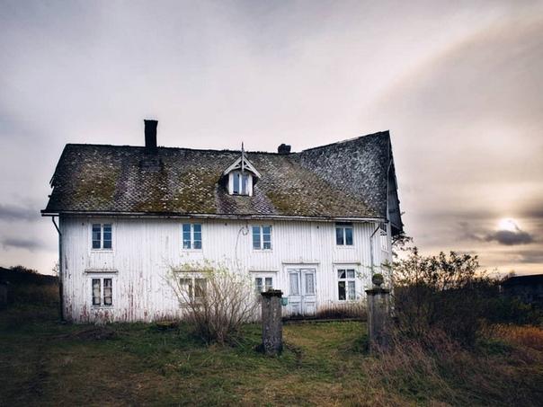 Заброшенные дома за северным полярным кругом в снимках норвежского фотографа