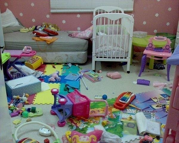 С появлением дома маленького ребенка, процесс уборки начинает напоминать игру в тетрис, в которой уровень сложности увеличивается с каждым месяцем!