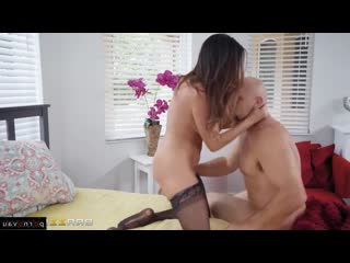 Ariella Ferrera & JMac [ Mothers / Old with young, Riding dick, Beautiful lingerie, Roller, Cumshot in mouth, Curly]