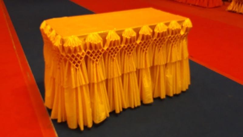 จับจีบผ้าโต๊ะ ผูกดอกโบว์ ผูกผ้าประดับ