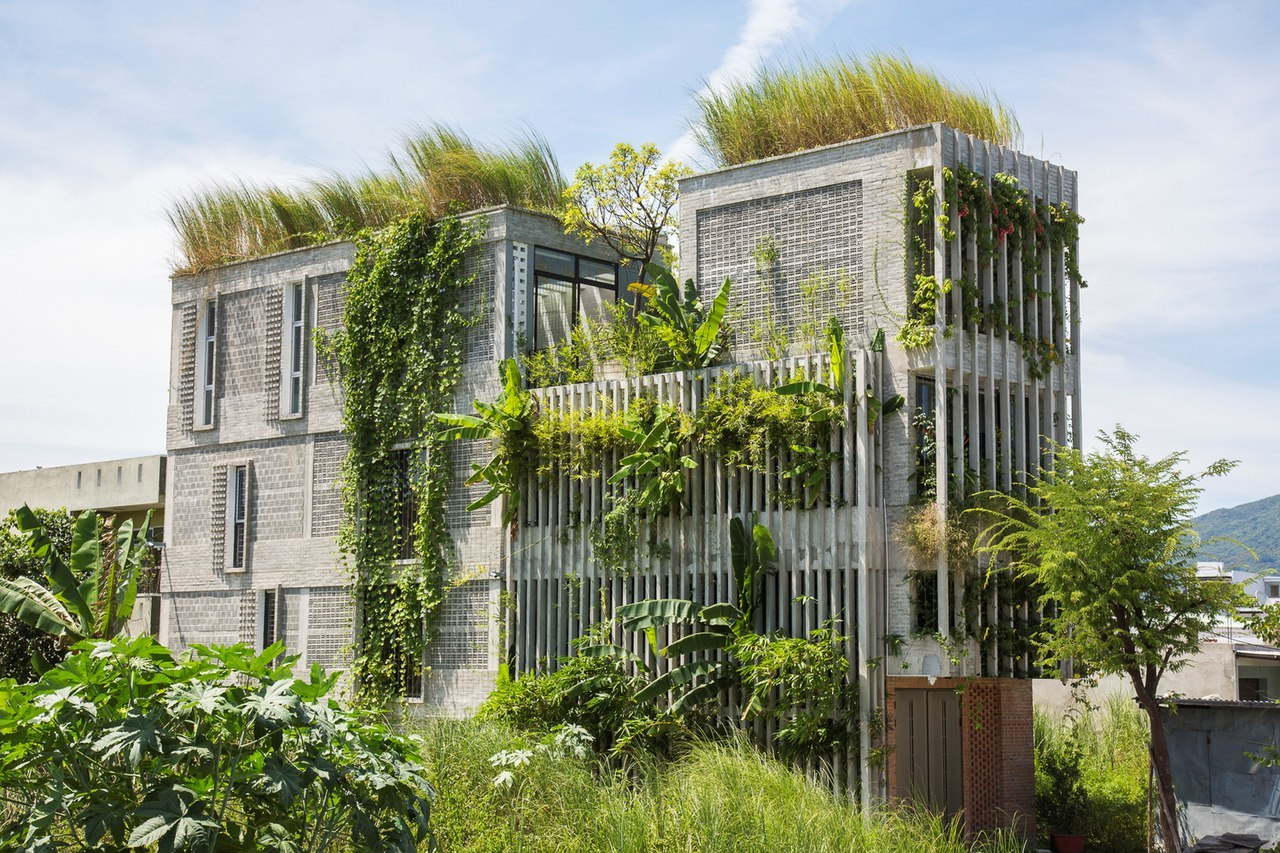 The Modern Village Office / Ho Khue Architects