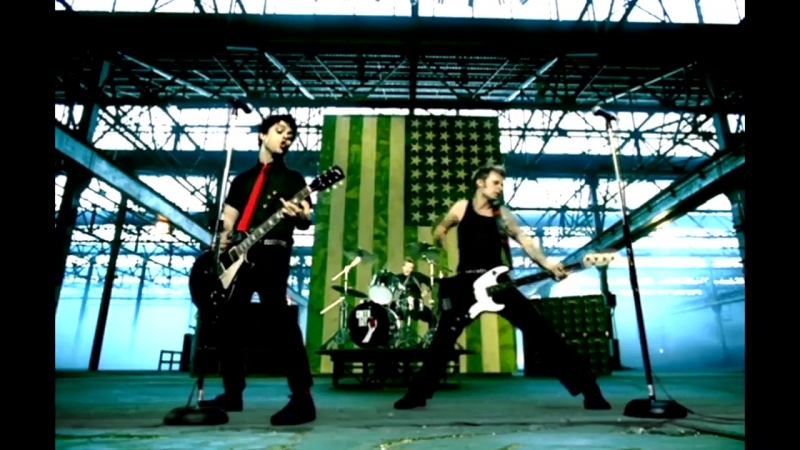 Green.Day.2004.American.Idiot.v01.Clip.ReEdit