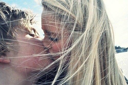 poznakomlyus-s-blondinkoy