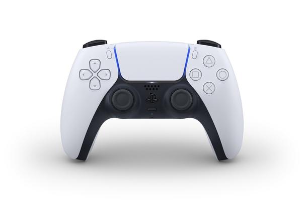 Интернет уже недоволен дизайном нового геймпада для PlayStation 5 Настолько, что готовы представить альтернативу. К примеру, пользователь твиттера Ленадро Франчи превратил белый DualSense в