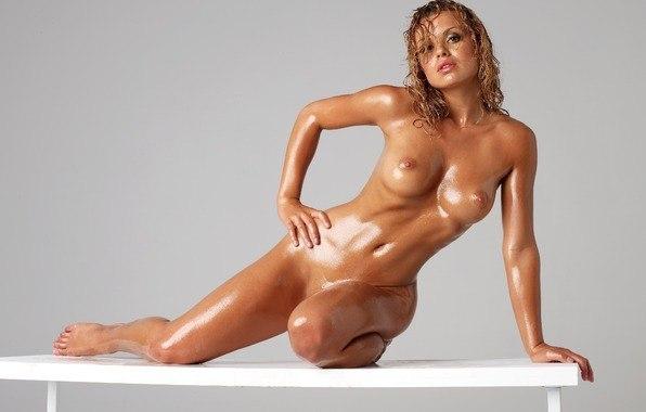 Free pics of mature mums nude